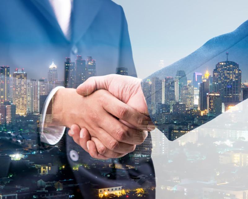 Xero Bookkeeper Adelaide shaking hands